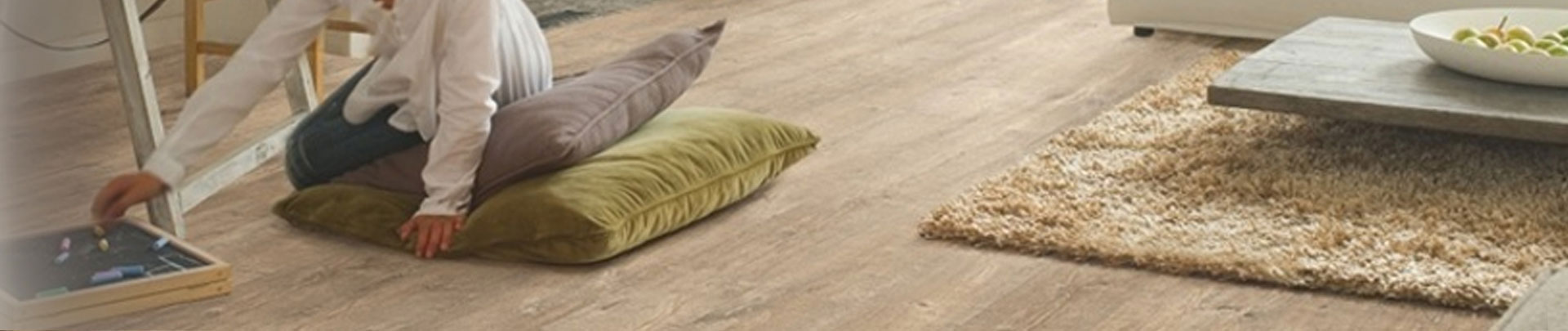 eligna wide quick step achat vente prix de stratifi eligna wide de la marque quick step. Black Bedroom Furniture Sets. Home Design Ideas